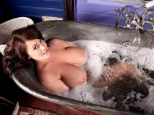 Bumpers 'n' Bathtub